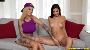 Bonnie Rotten Teaches Her How To Be A Slut