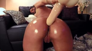 Crazy Bella Toying Her Ass With Long Dildo! ?
