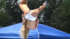 Displaying Her Pole Skills At The American Idol For Strippers Competition