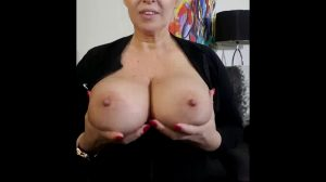 """If Your Name Is Jeff Your In Luck This """"gif With Audio"""" Is For You ? If Your Name Is Not Jeff Pretend It Is ? Comment Your First Name And I Might Do One For You ? Xx 54yo ??"""
