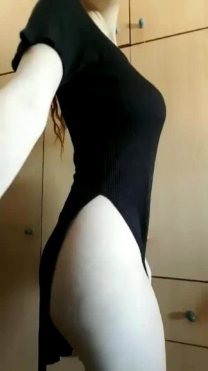 Lovely Reveal With Pussy And Ass Bonus