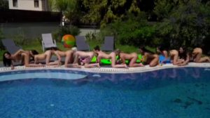 Pool Party Pussy Eating Chain.