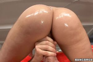 Alexis Texas Is Too Good At Her Job