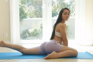 Alina Lopez Shows How Flexible She Is