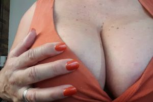 Have A Look At My Breast Friends 😉 We Go Everywhere Together Xx Good Night 💋🇦🇺💋