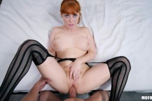 Penny Pax In An Earthquake