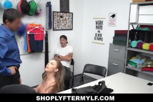 ShopLyfterMYLF – Britney Amber Blows A Security Guard In Front Of Her Boyfriend