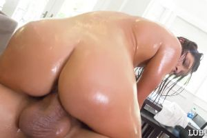 Zoe Bloom – Lubed Labor Day